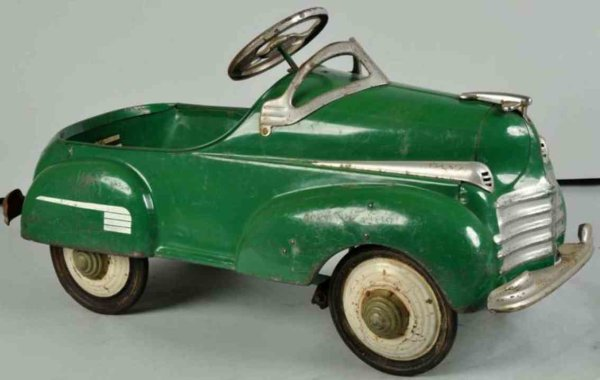 Steelcraft Tin-pedal cars Murray Steelcraft Chrysler pedal car made of pressed steel,
