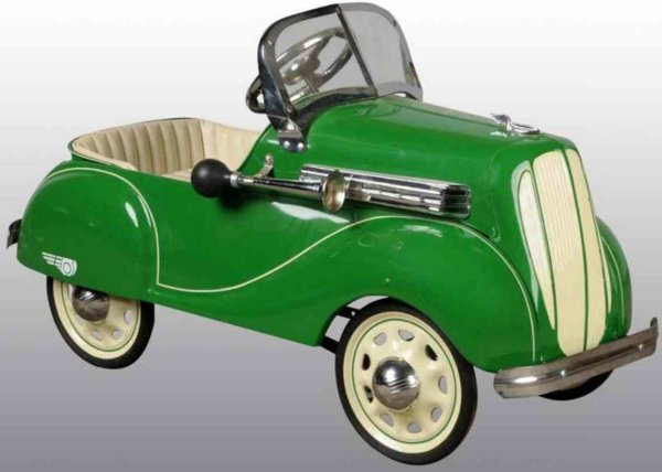 Steelcraft Tin-pedal cars Chrysler pedal car of pressed steel in dark green, complete
