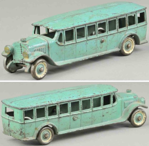Kenton Hardware Co Cast-Iron buses Coach bus made of cast iron, painted in blue overall, disc w