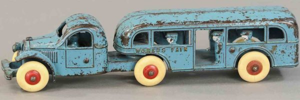 Kenton Hardware Co Cast-Iron buses Worlds fair tandem bus, sarce example done in blue overall,