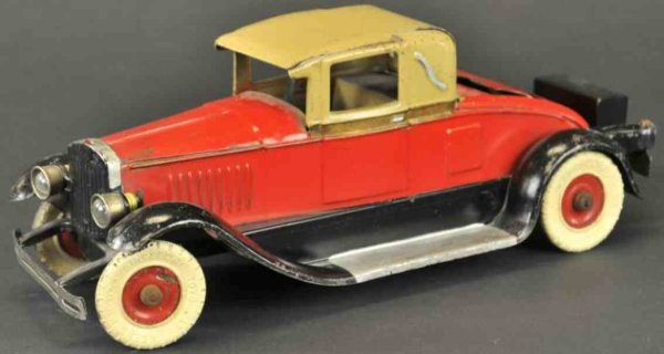 Kingsbury toys Tin-Oldtimer Musical coupe, red painted body, tan roof, black running boa