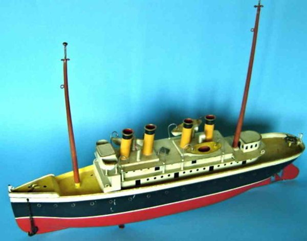Bing Tin-Ships Steamer with Bing mark and clockwork, original lifeboats, an