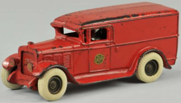 Arcade Cast-Iron Oldtimer Dellivery truck of cast iron, red panel van, features white