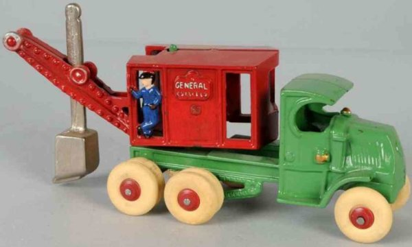 Arcade Cast-Iron Tugs-Rollers General digger truck of cast iron, completely restored