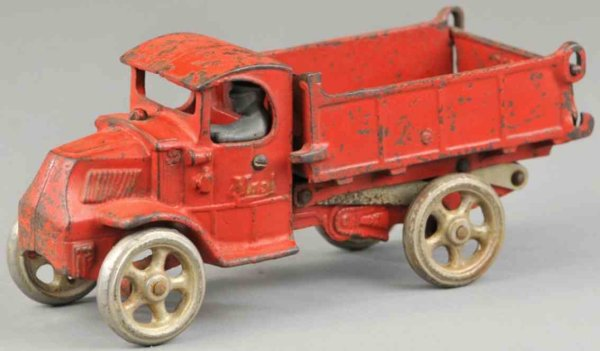 Arcade Cast-Iron trucks Mack scissor dump truck, cast iron, painted in red body, sea