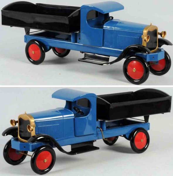 Turner Toys Tin-Trucks Pressed steel large-size dump truck, probably made by Turner