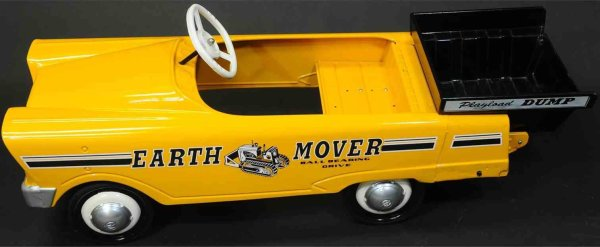 Murray Tin-pedal cars Earth Mover pedal car of pressed steel. Complete and origina