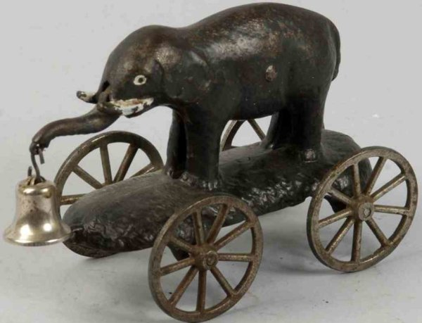 Unknown Cast-Iron Figures Elephant with swivel trunk of cast iron as bell toy, on plat