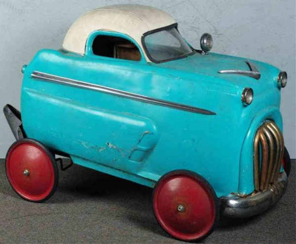 Champion Hardware Company Tin-pedal cars Pressed steel Jet Flow Drive pedal car in light blue and wh