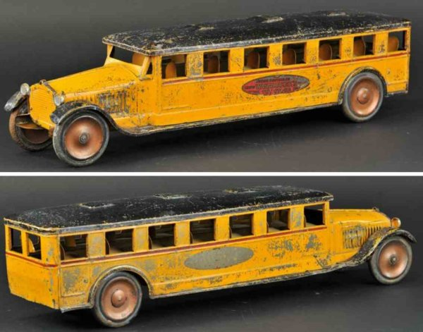 Dayton Tin-Buses Junior sight seeing bus made of pressed steel, painted in or