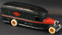 Arcade Cast-Iron Oldtimer White merchant transfer and...