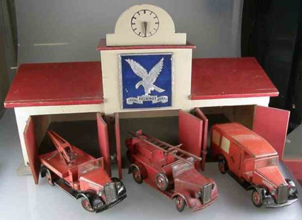 Tekno Garages Fire department garage of Rednings Falcks Korps with 3 veh