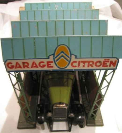 Citroen Garages Garage for cars in M 1:10, typical for the Paris of the 1920