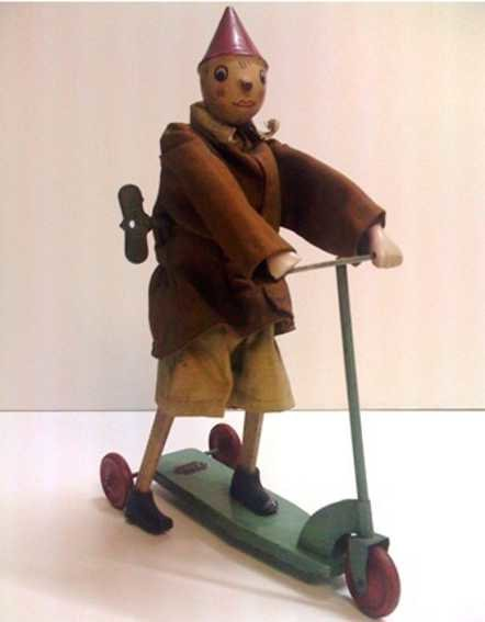 Brevettato S.I.G.I Tin-Figures Pinocchio wind-up toy, tin, textile, wood and porcelain, it