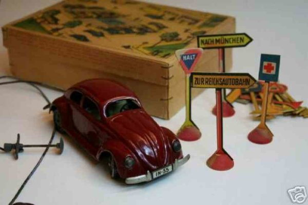 JNF Neuhierl Tin-Toys  This is the very rare KdF-Beetle (=Kraft-durch-Freude). The
