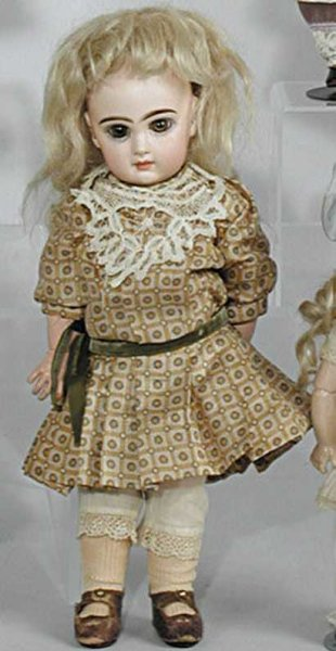 Jumeau Dolls Bisque socket head doll, BJCB, brown paperweight eyes, close