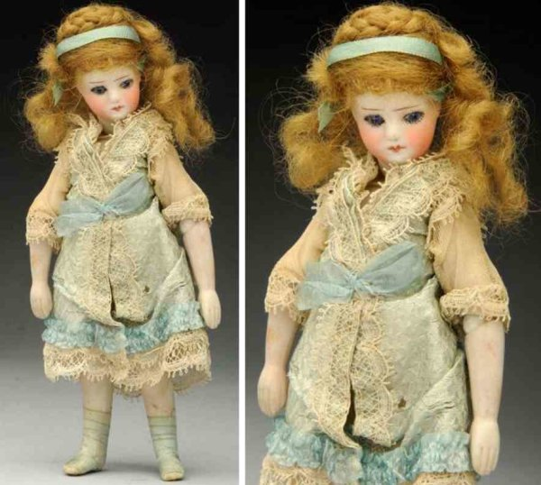 Sustrac Fernand Dolls All bisque mignonette doll with swivel neck, rare ball-joint