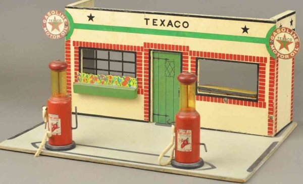 Rich Toys Inc. Wood-Buildings Texaco gas station, made of wood and fiberboard, elaborate g