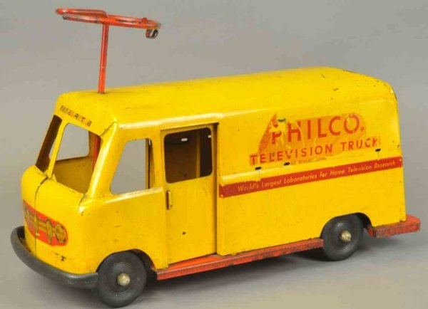 Roberts Manufacturing Co Tin-pedal cars Delivery truck made of pressed steel, yellow enclosed van b
