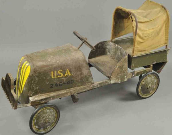 Steelcraft Tin-pedal cars U.S.A. army pedal truck, pressed steel, painted in olive col