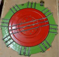 Lionel Railway-Rails/Power Turntable made of pressed...