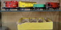 Lionel Railway-Freight Wagons 818 accessory set, freight...