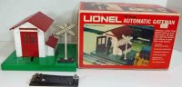 Lionel Railway-Crossings/Warden houses Automatic gateman...