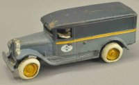 Arcade Cast-Iron trucks International panel van, cast...