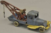 Kilgore Cast-Iron trucks Auto wrecker, cast iron, painted...