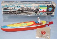 Arnold Tin-Ships Racing boat in original box, made of...