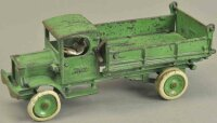 Arcade Cast-Iron trucks White dump truck, green body...