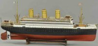 Maerklin Tin-Ships Steam powered AMERIKA liner, this...