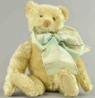 Steiff Baers White teddy bear, early shoebutton eyes,...