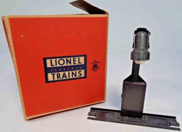 Lionel Railway-Lamps/Lanterns The billboard blinker No. 410 was normally use with the No.