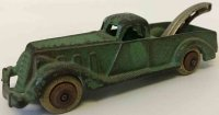 Hubley Cast-Iron trucks Cast iron tow truck wrecker No....