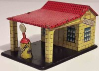 Distler Tin-Penny Toy Gas station, made of tin with canopy
