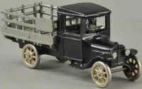 Arcade Cast-Iron trucks Ford stake body truck made of...
