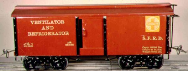 Ives Railway-Freight Wagons Ventilator and Refrigerator car #192 (1921) with eight wheel