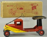Buddy L Tin-Trucks Saddle speedster #440, pressed steel,...