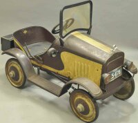 Steelcraft Tin-pedal cars Dodge pedal car, all original...