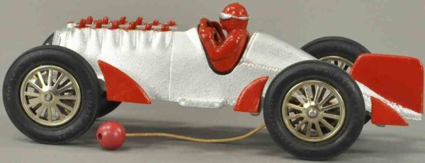 Hubley Cast-Iron Race-Cars Racer #672-1 made of cast iron, absolutely unheard of condit
