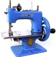 Singer Toy sewing machines Toy sewing maching #2010 dark...