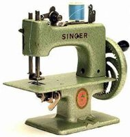 Singer Toy sewing machines Toy sewing maching #2010...