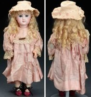 Jumeau Dolls Bebe doll. Attractive closed mouth doll with...