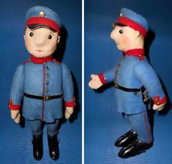 Schuco Tin-Figures French soldier #185F, automato, unmarked, sheet metal body w
