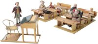 Maerklin Wood-Toys Classroom with 6 pupil figures and one...