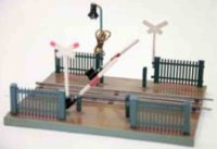 Maerklin Railway-Crossings/Warden houses Railway crossing...
