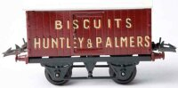 Hornby Railway-Freight Wagons Box car with four wheels,...