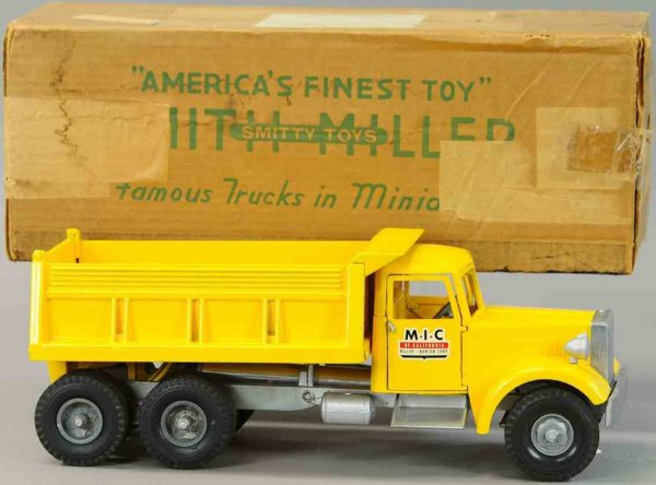 Smith-Miller Tin-Trucks BD giant dump truck, presssed steel construcktion,  tailgate