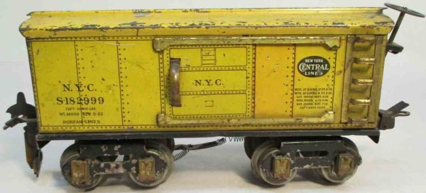 Dorfan Railway-Freight Wagons Box car #601 with eight wheels, made of tin, lithographed in
